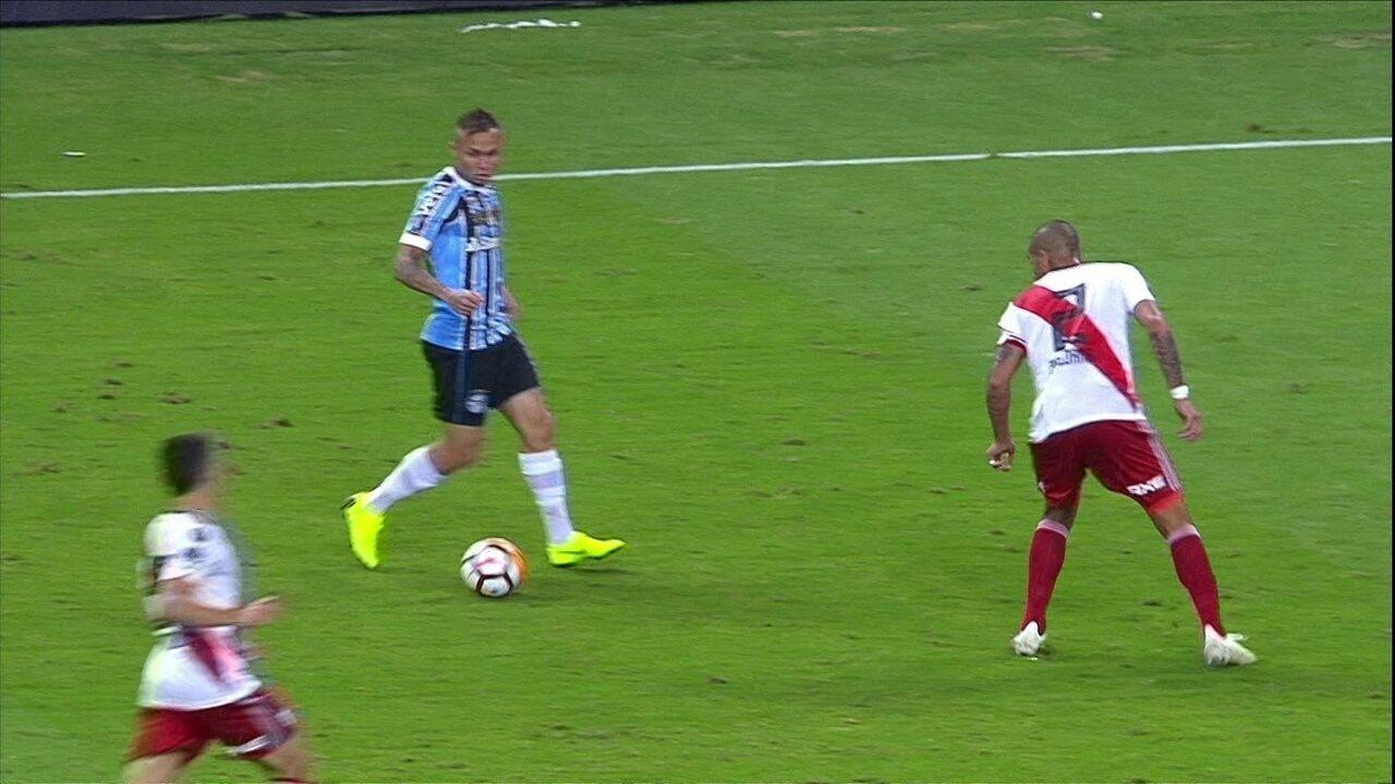 b1fd317236 Melhores momentos de Grêmio 1 x 2 River Plate pela Taça Libertadores 2018