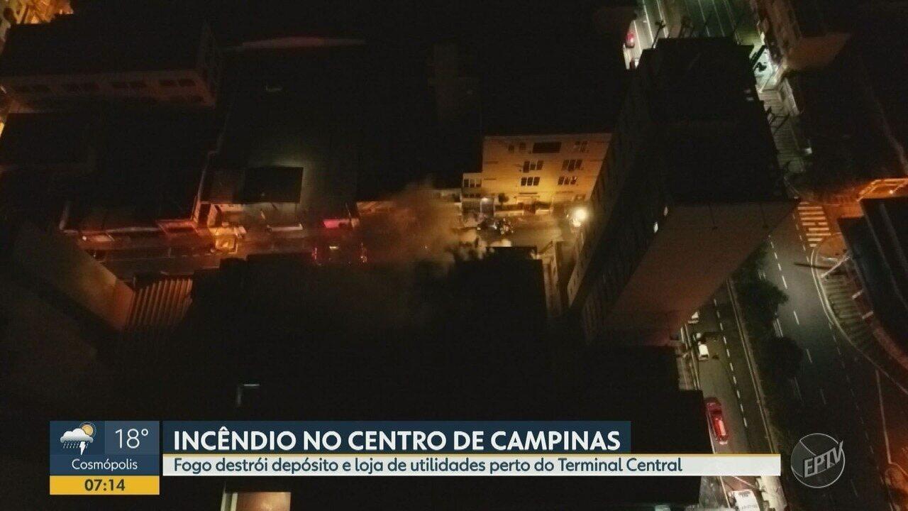 Incêndio atinge lojas no centro de Campinas