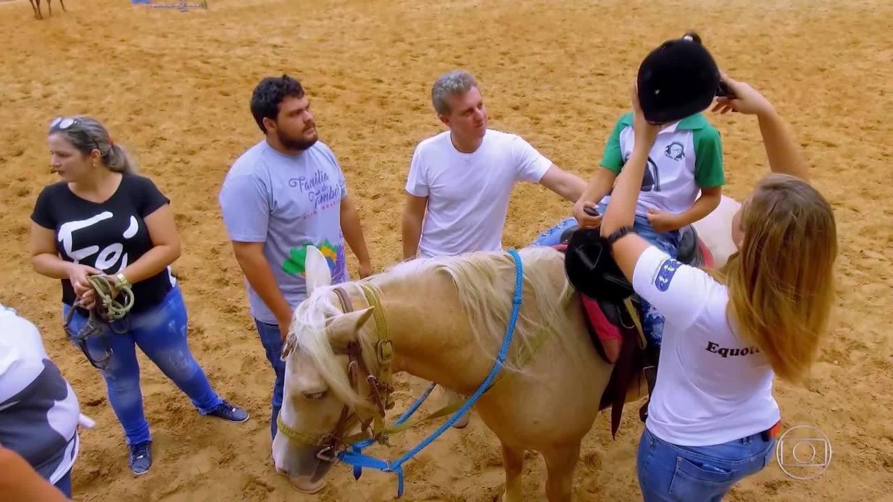 Luciano conhece o projeto 'Sonho Meu' em Sorriso, Mato Grosso