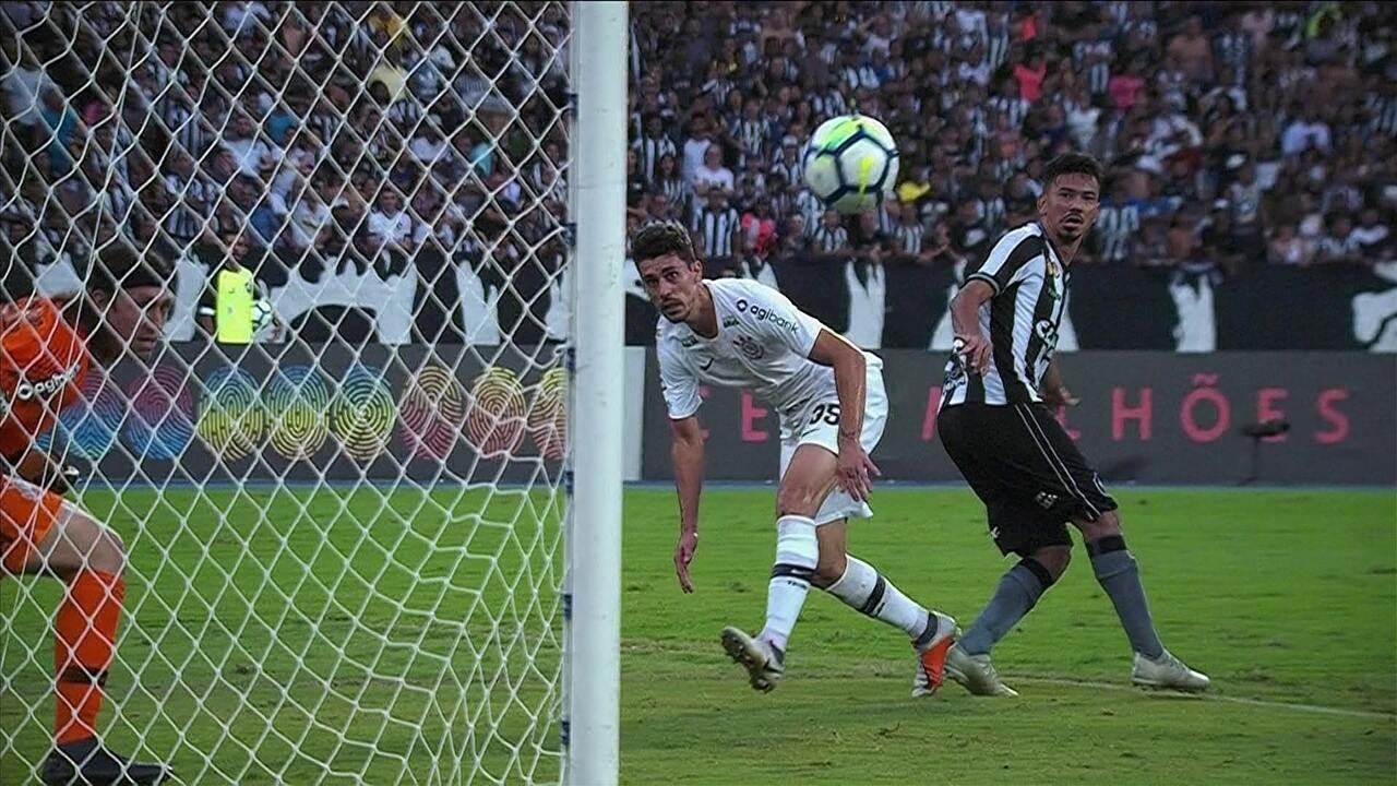 Melhores momentos  Botafogo 1 x 0 Corinthians pela 32ª rodada do Brasileirão 5a4fd5c003bfb