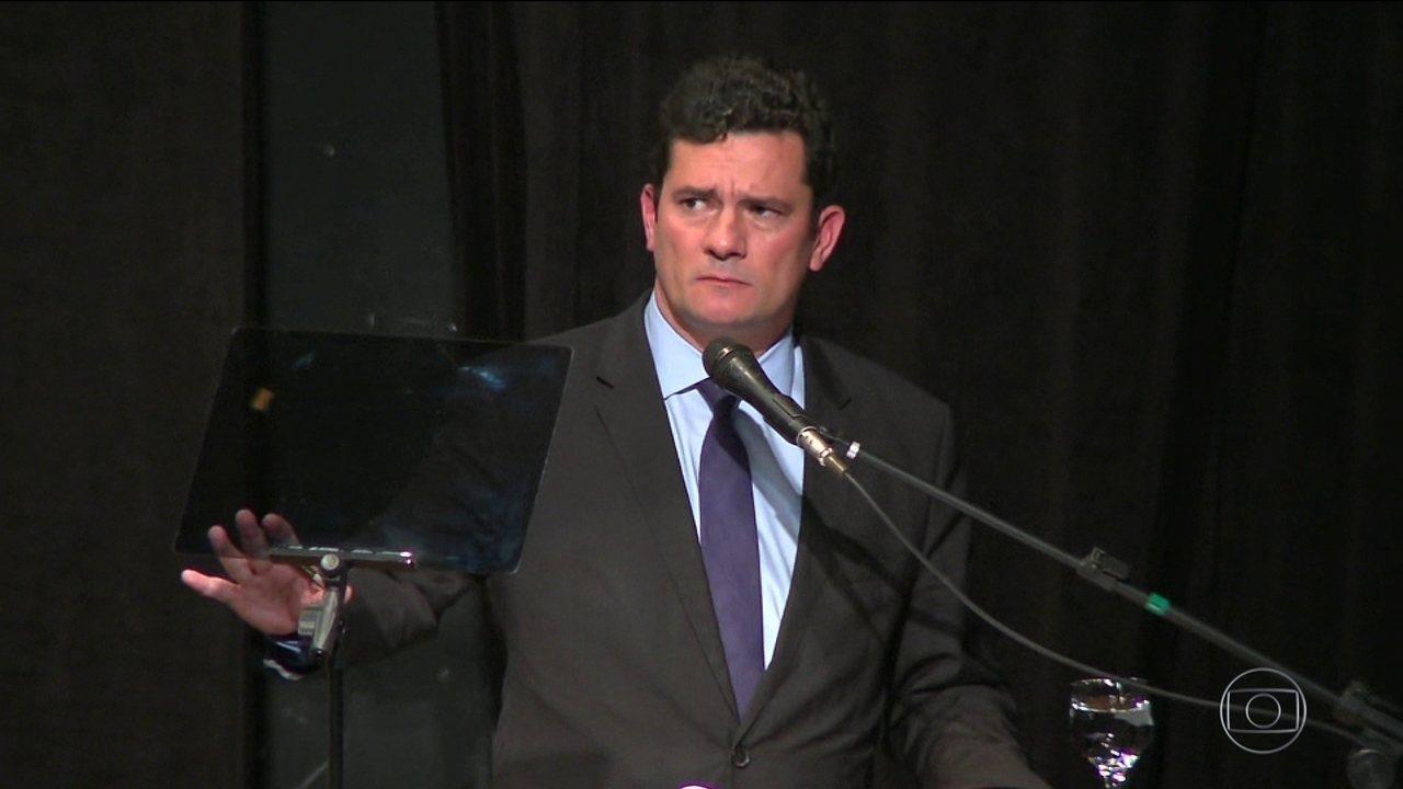 Sergio Moro afirma que não se considera político ao aceitar ser ministro da Justiça