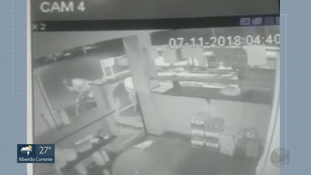 Estudante de direito é presa ao tentar assaltar homem em Ribeirão Preto