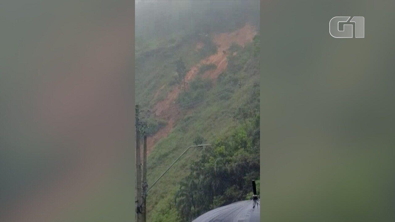 Deslizamento de terra foi registrado por morador na cidade