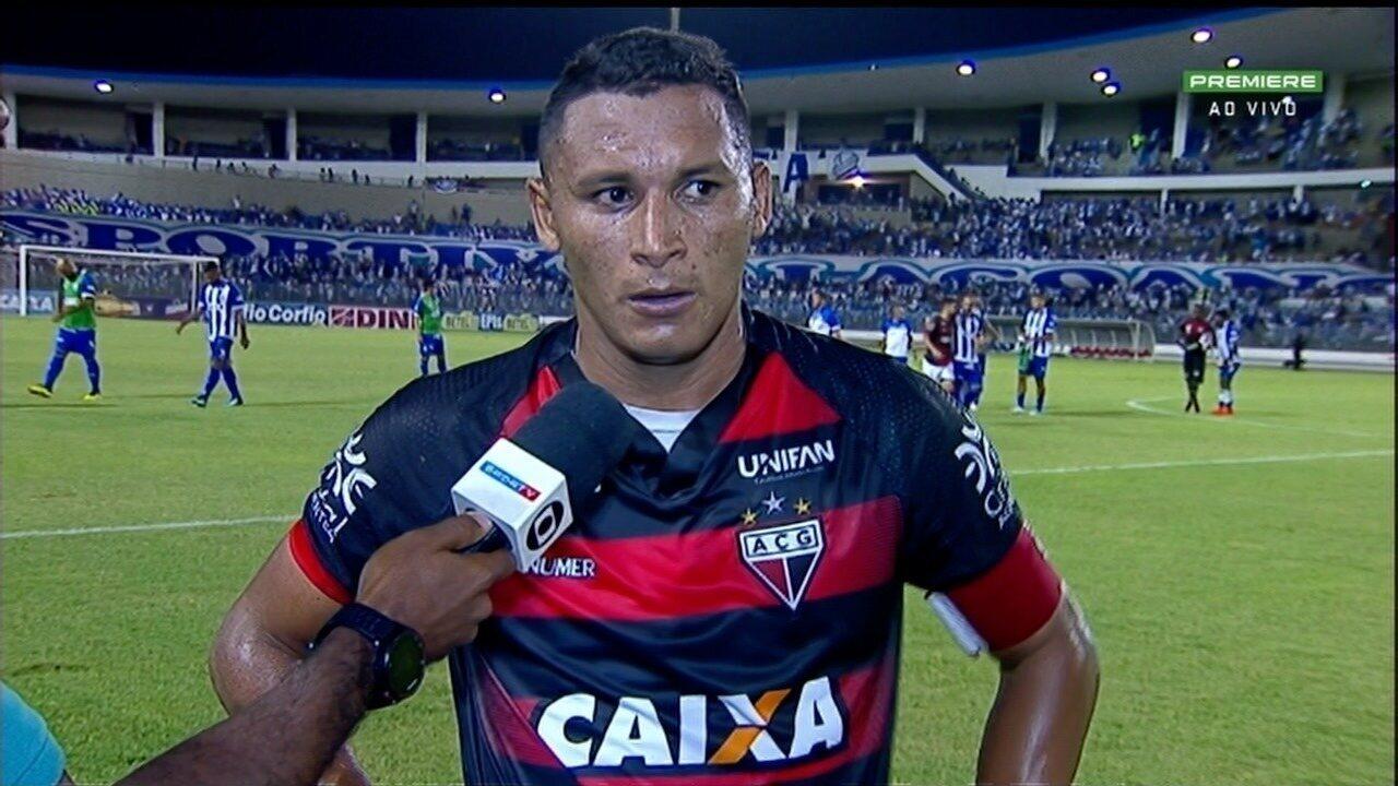 Pedro Bambu lamenta chance perdida no fim contra o CSA