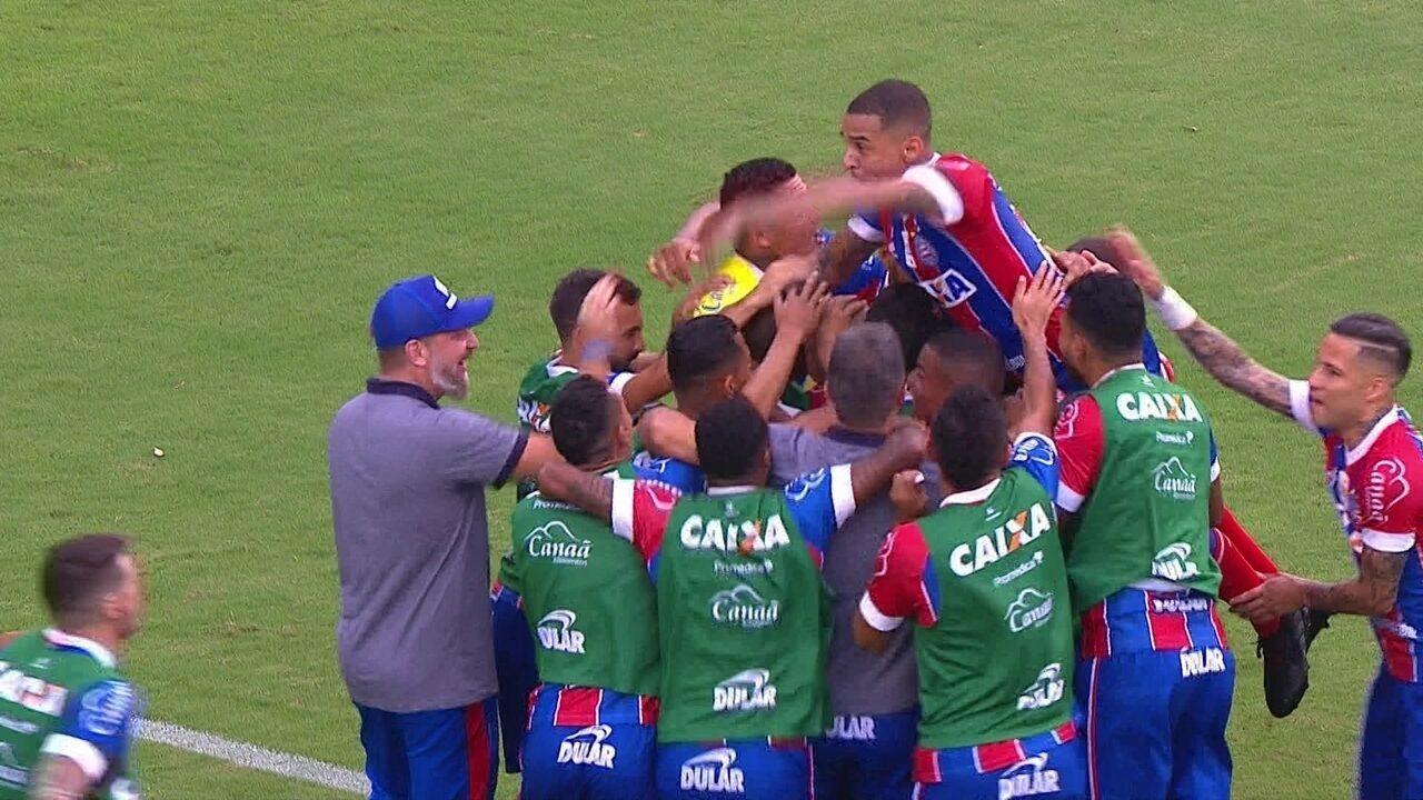 3f2dce8cf41dd Gol do Bahia! Ramires cobra falta na área e Nilton cabeceia para empatar  aos 38
