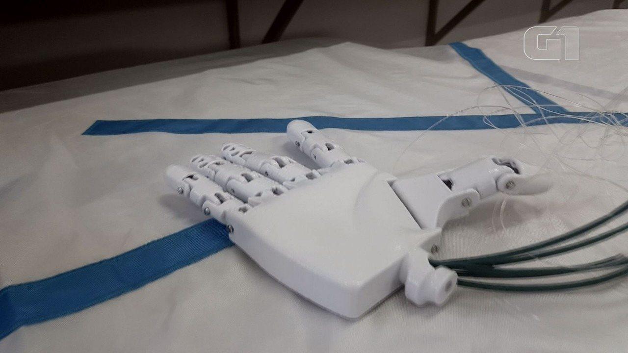 Projeto de estudantes de Itajubá desenvolve prótese biônica 3D de baixo custo