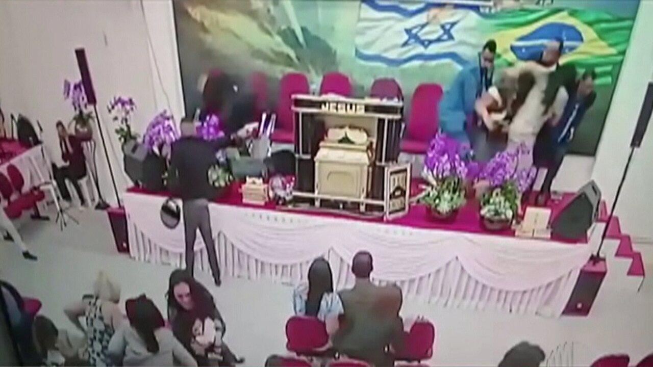 Pastor é alvo de criminoso enquanto participava de culto em Mogi