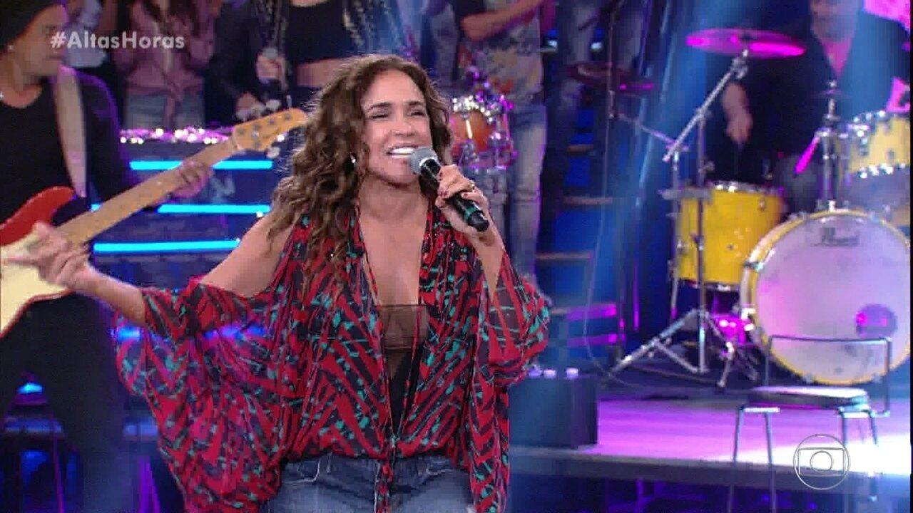 "Daniela Mercury encerra programa com ""Samba Presidente"""