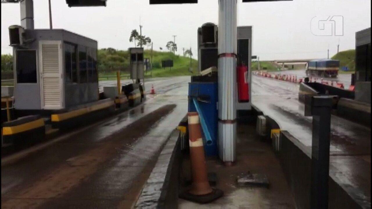 Cancelas da praça de pedágio de Jacarezinho são liberadas após notificação judicial