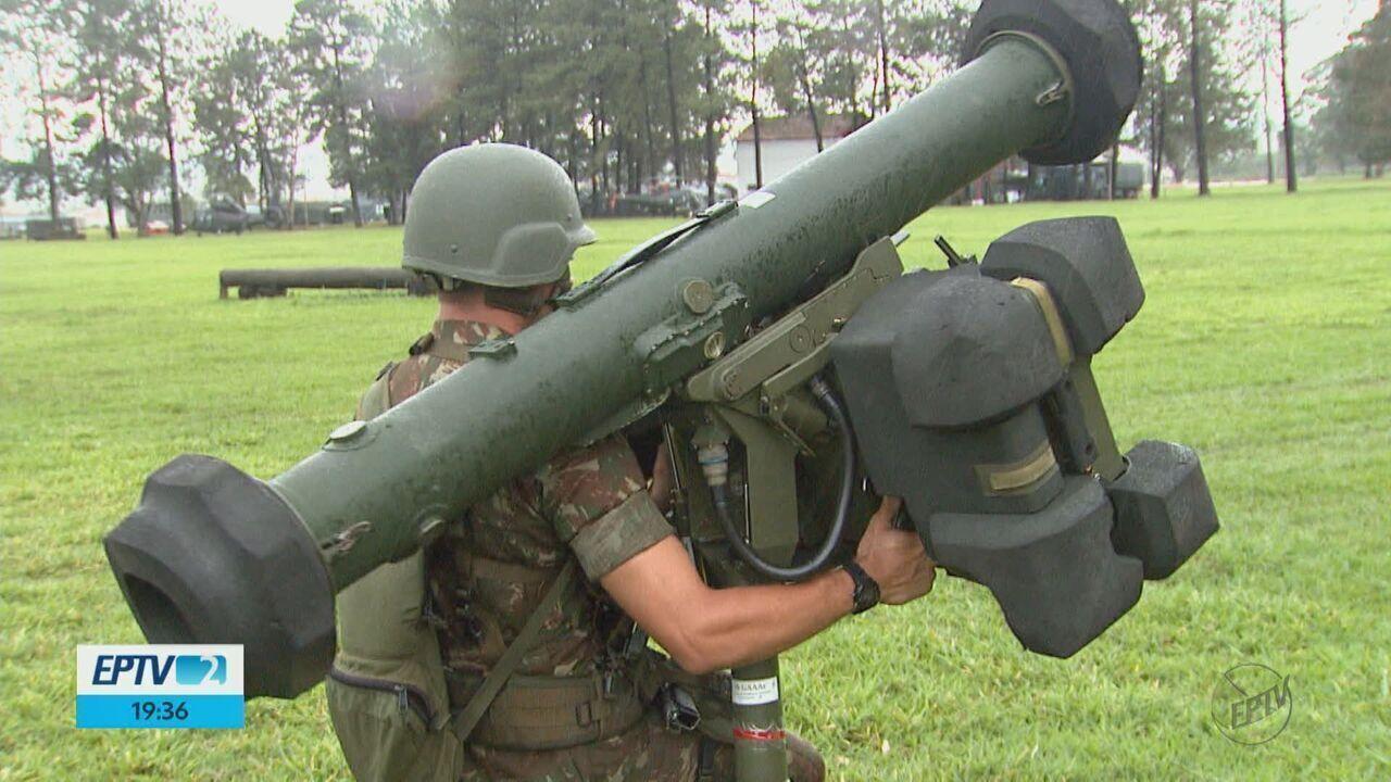 3,5 mil homens do Exército se preparam em treinamento em Pirassununga