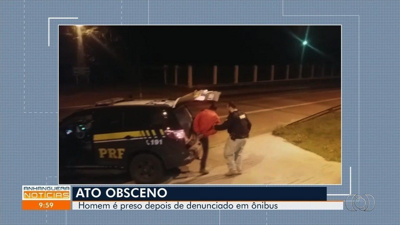 Homem é preso suspeito de se masturbar dentro de ônibus em Goiás