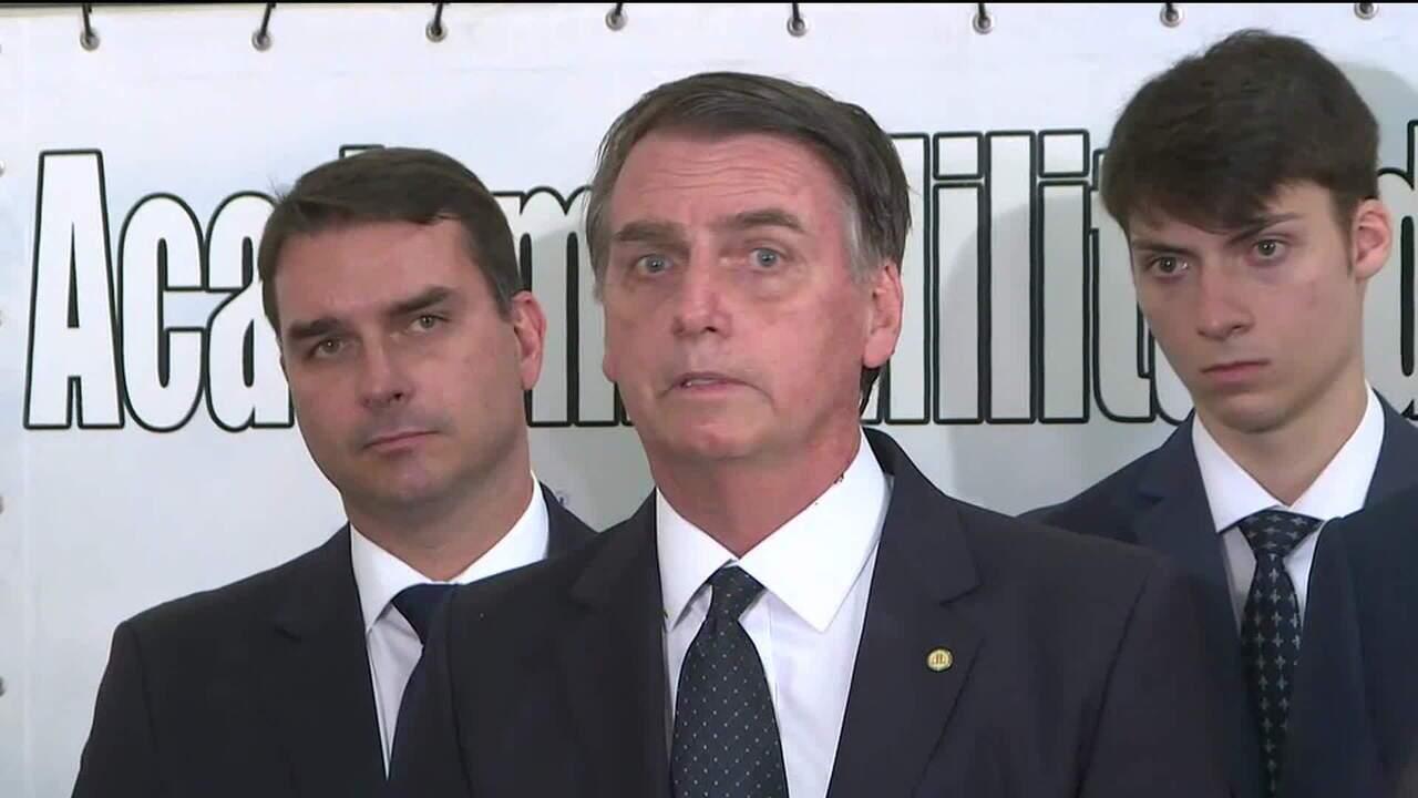 Bolsonaro: 'Desconheço investigação sobre Paulo Guedes'