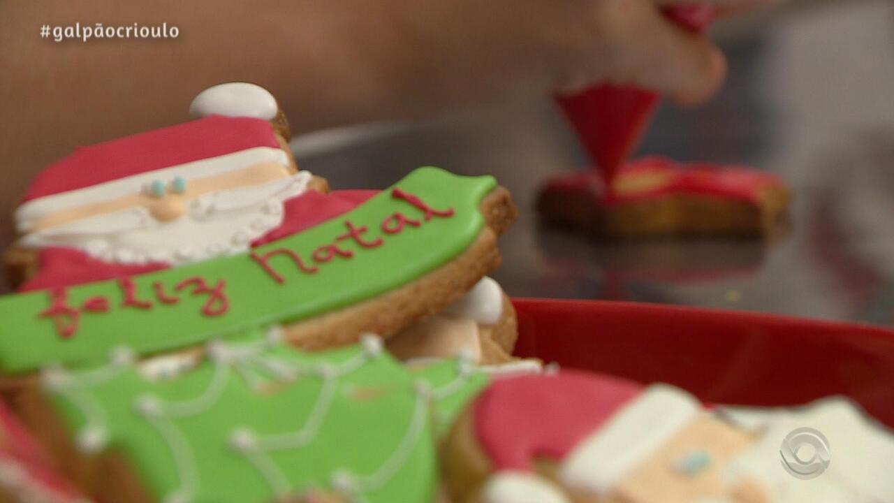 Neto Fagundes aprende a fazer Biscoitos de Natal no quadro Cozinha de Galpão