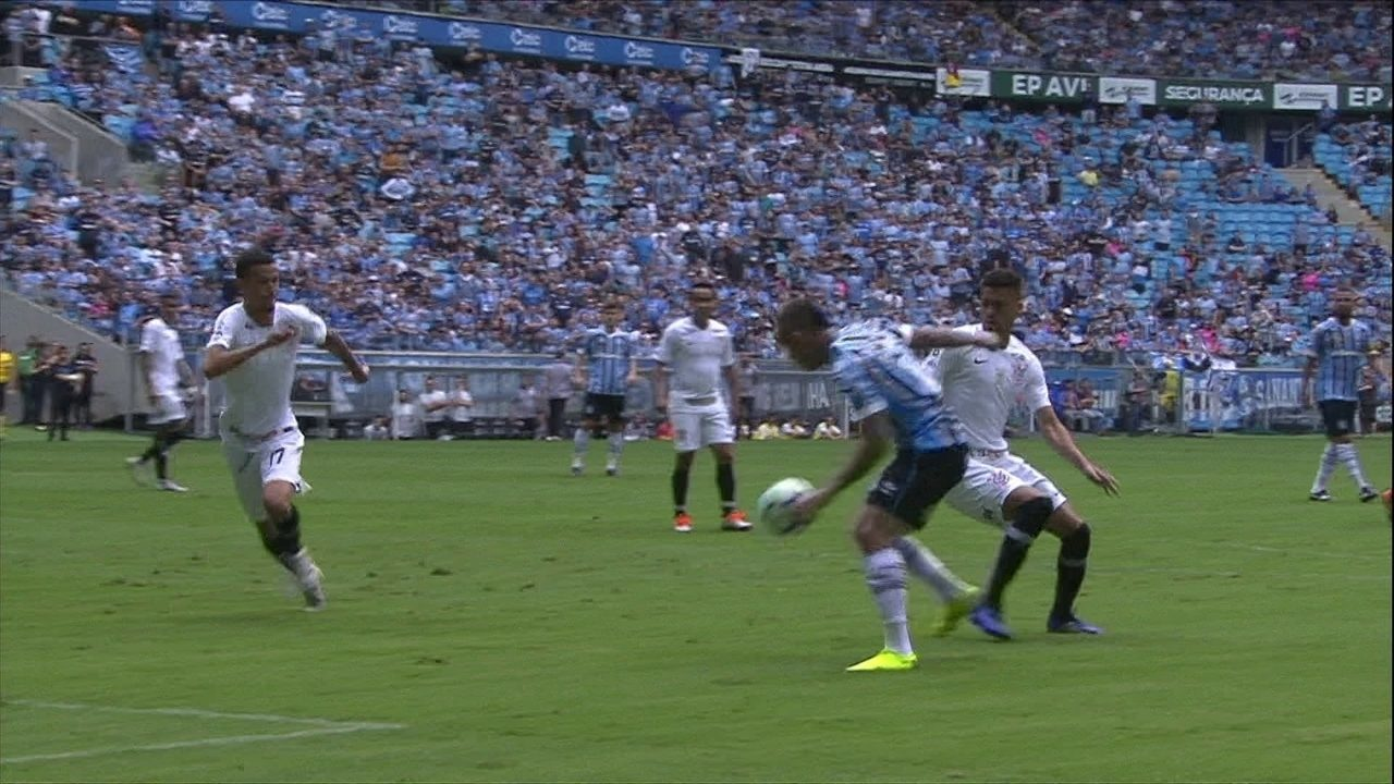 9870f251cd3d2 Os melhores momentos de Grêmio 1 x 0 Corinthians pela 38ª rodada do  Brasileirão
