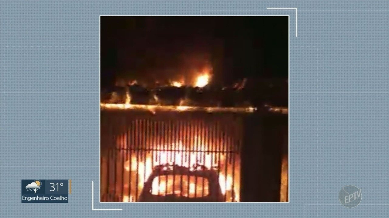 Casa pega fogo no Jardim Engenho, em Monte Mor; sem feridos