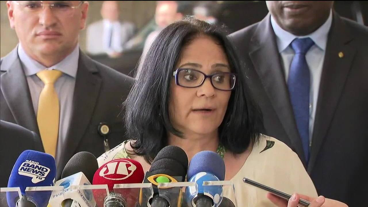 Damares: Vamos trazer para o protagonismo políticas públicas que não chegaram às mulheres