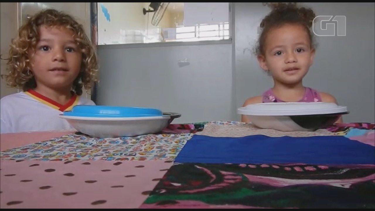Professora faz 'teste de generosidade' com crianças em creche e emociona pais