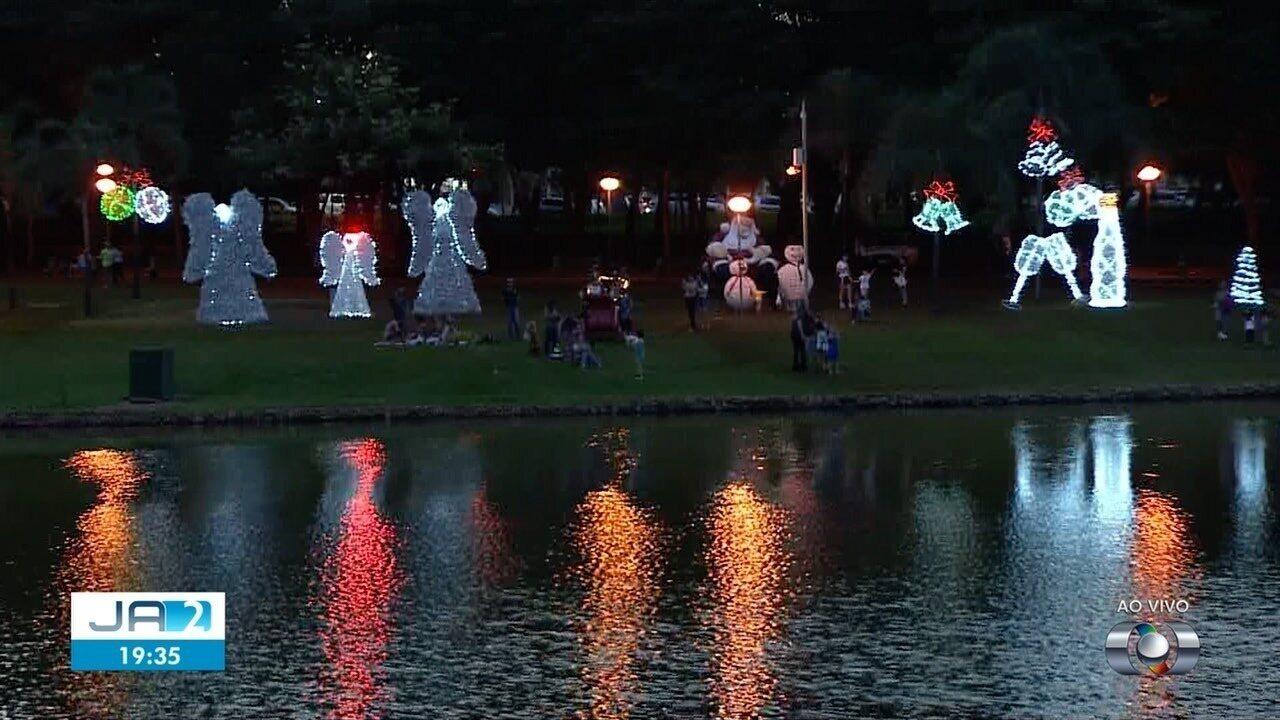 Confira inauguração de luzes de Natal em Goiânia