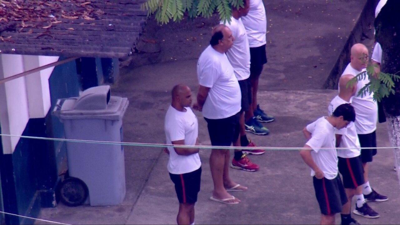 Governador Pezão participa de hasteamento da bandeira em presídio de Niterói