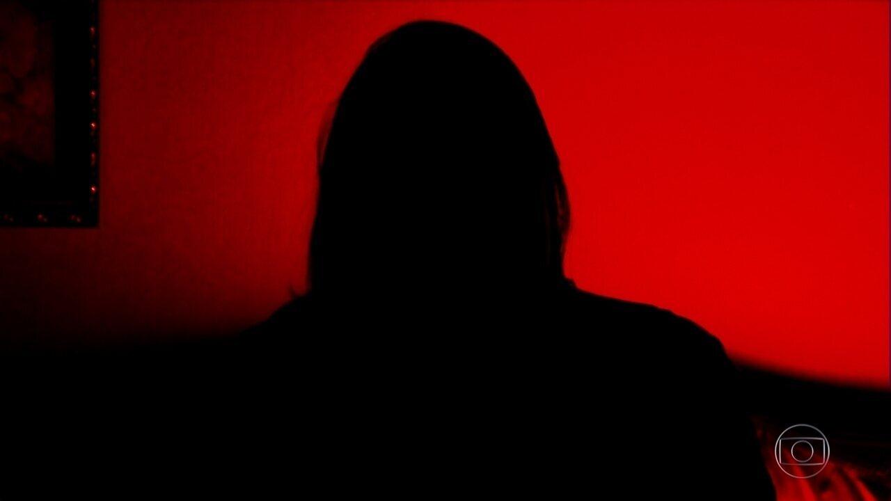 Mulher relata ter sofrido abuso sexual por João de Deus durante cinco dias em 1992