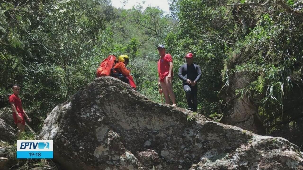 Quinta vítima de tromba d'água em rapel é encontrada; jovens são enterrados no Sul de MG