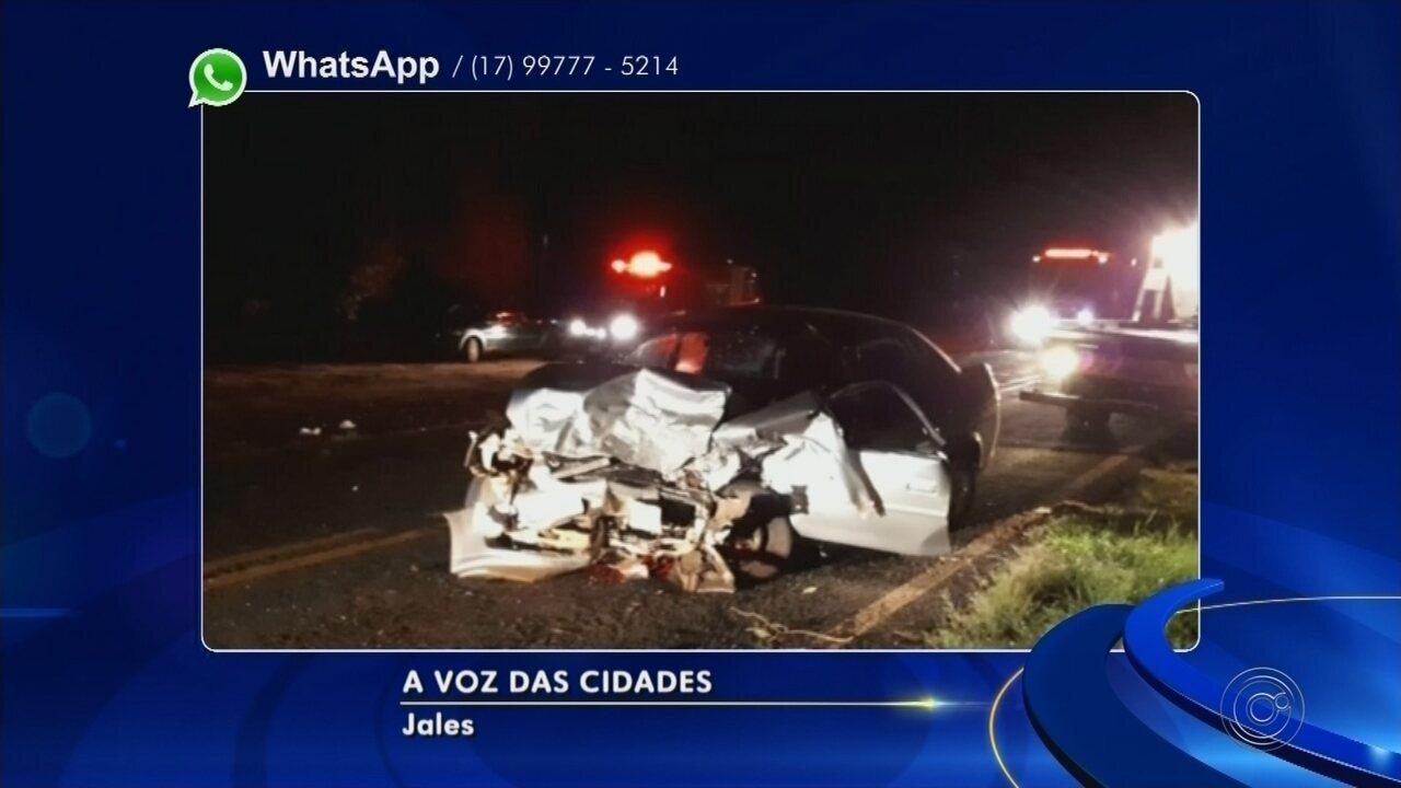 Colisão frontal entre carros mata dois e deixa quatro gravemente feridos em Jales