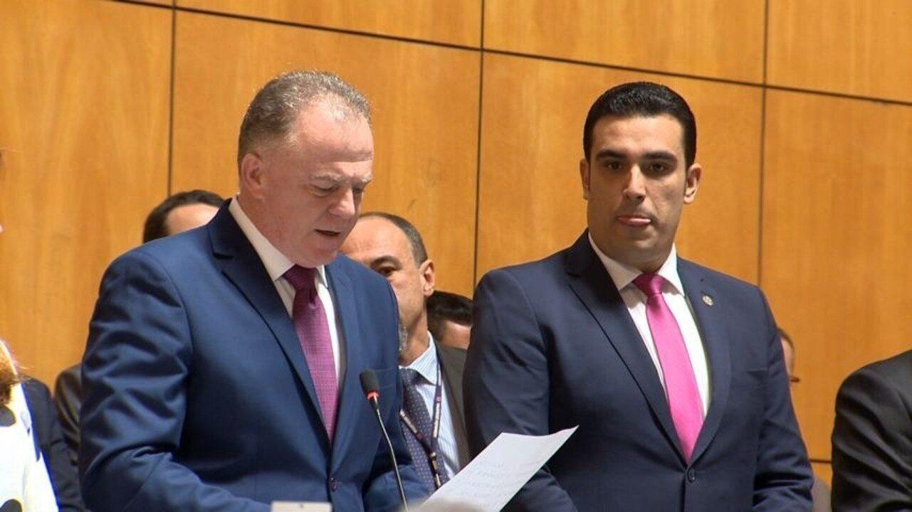 Renato Casagrande toma posse como governador do ES