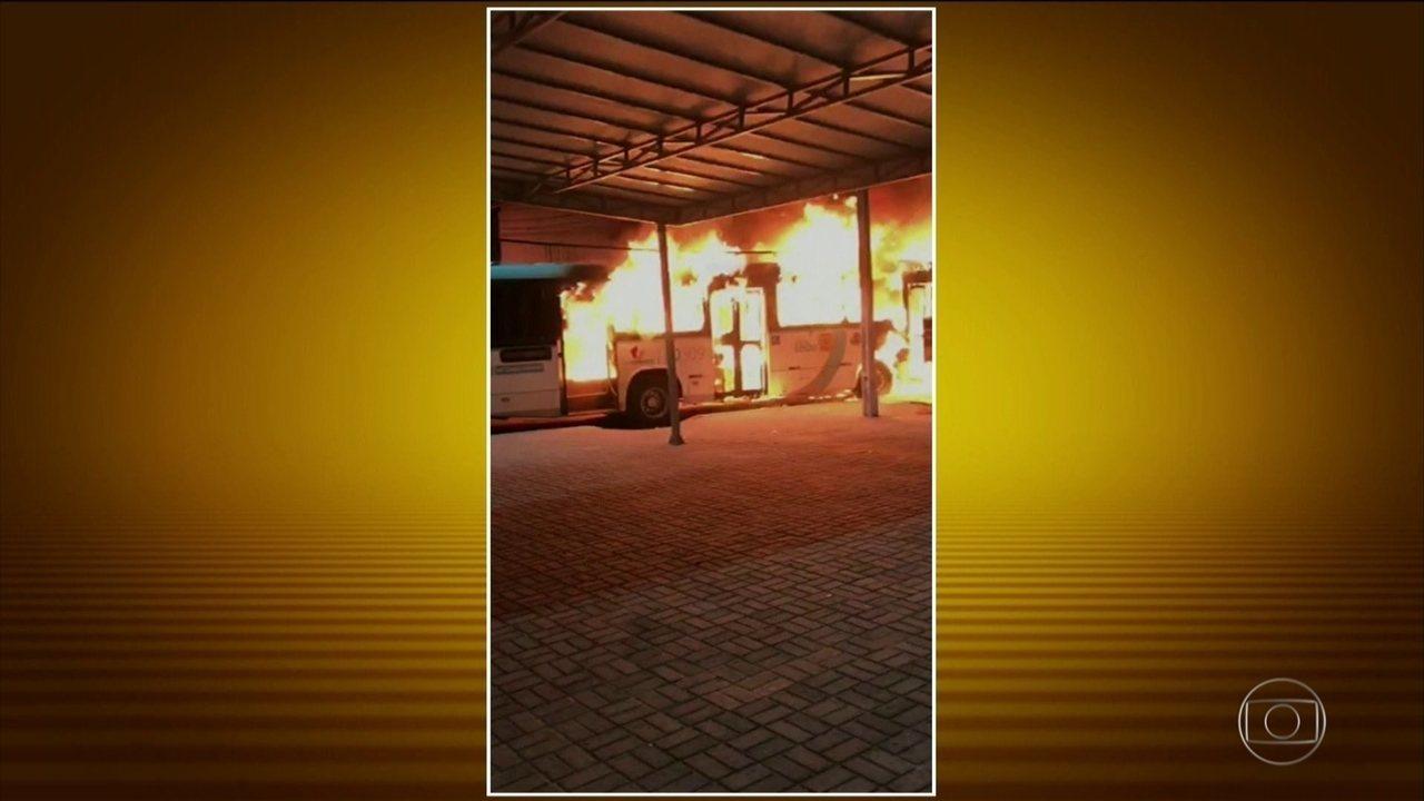 Bandidos fazem série de ataques em Fortaleza durante a madrugada