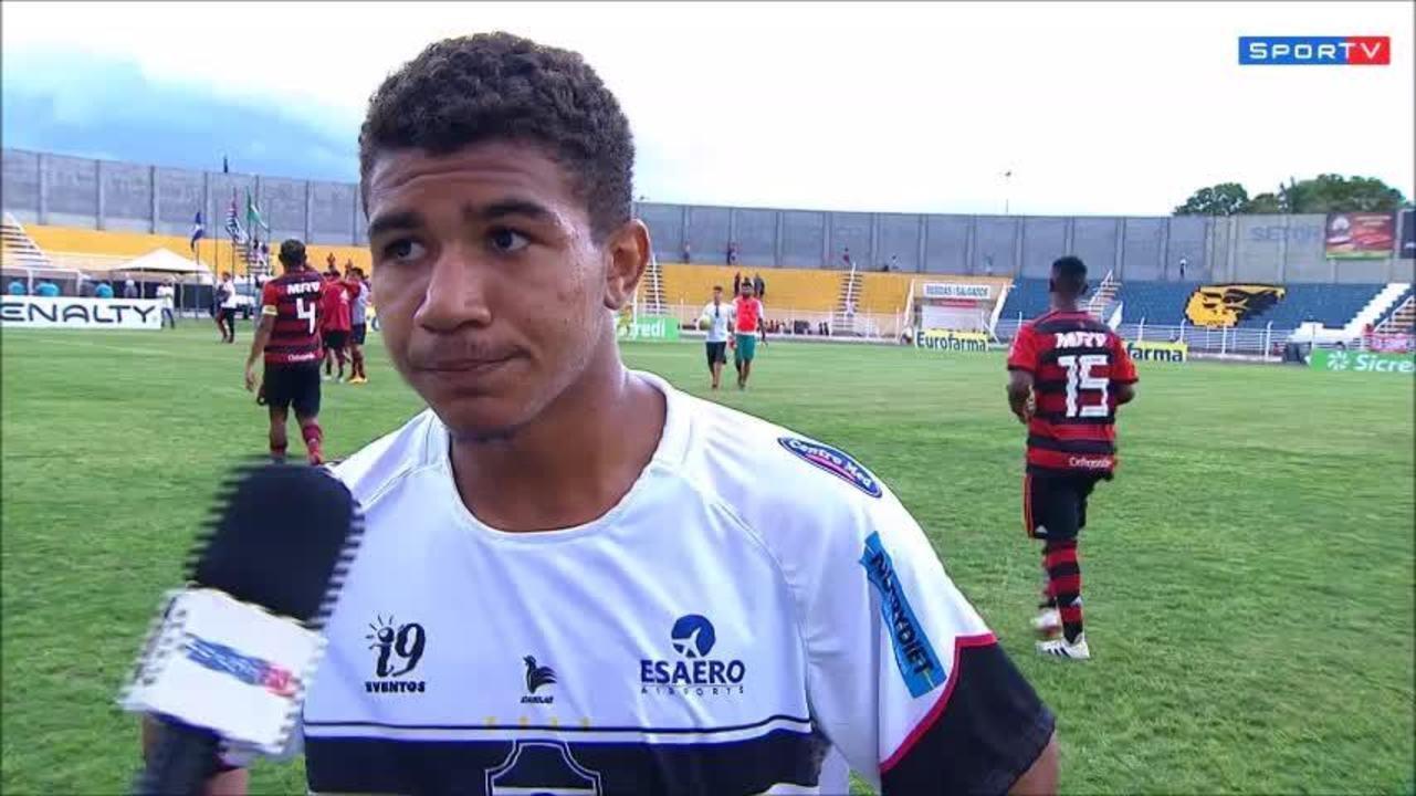 Romarinho, do River-PI, dá aquela cornetada no seu treinador após a goleada do Flamengo