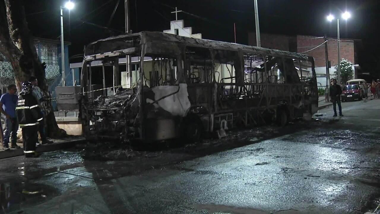 Prefeitura, bancos e delegacias foram atacados no Ceará