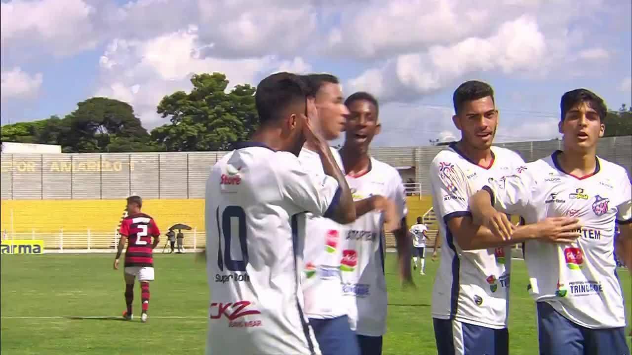 O gol de Trindade 1 x 0 Flamengo pela Copa SP de Futebol Júnior 11c8dfcd3c7c2