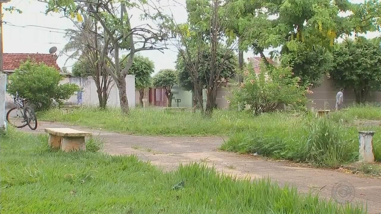 Moradores reclamam de más condições de praças em Araçatuba