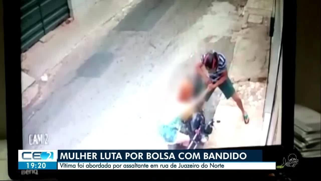 Mulher reage à assalto e briga com assaltante no Ceará