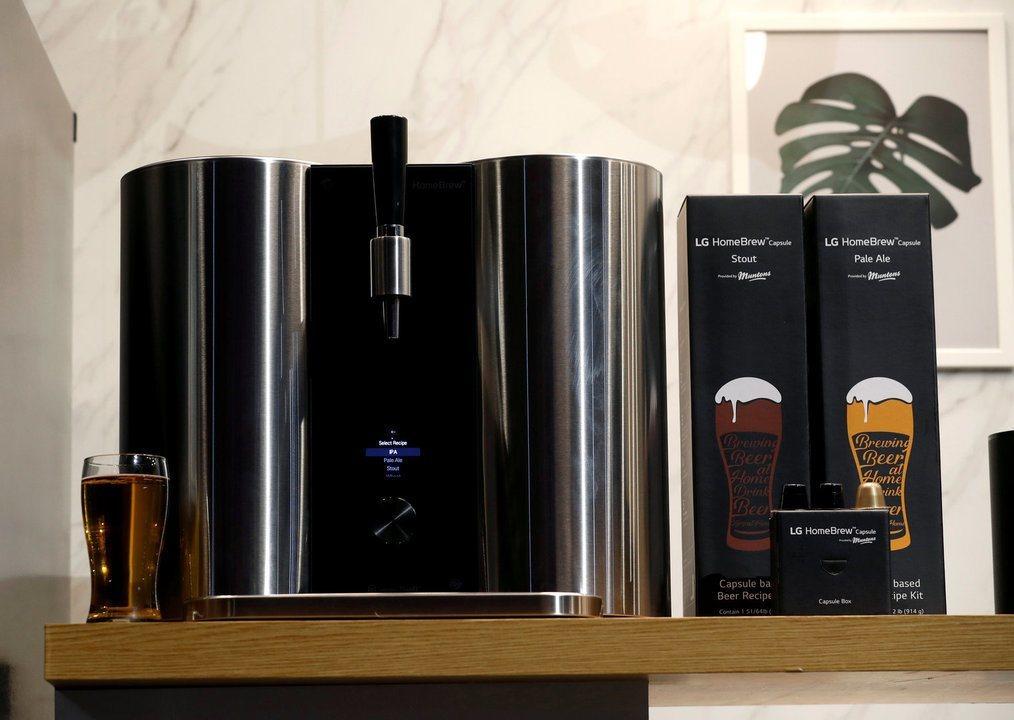 Máquina que faz cerveja com cápsulas é destaque na CES