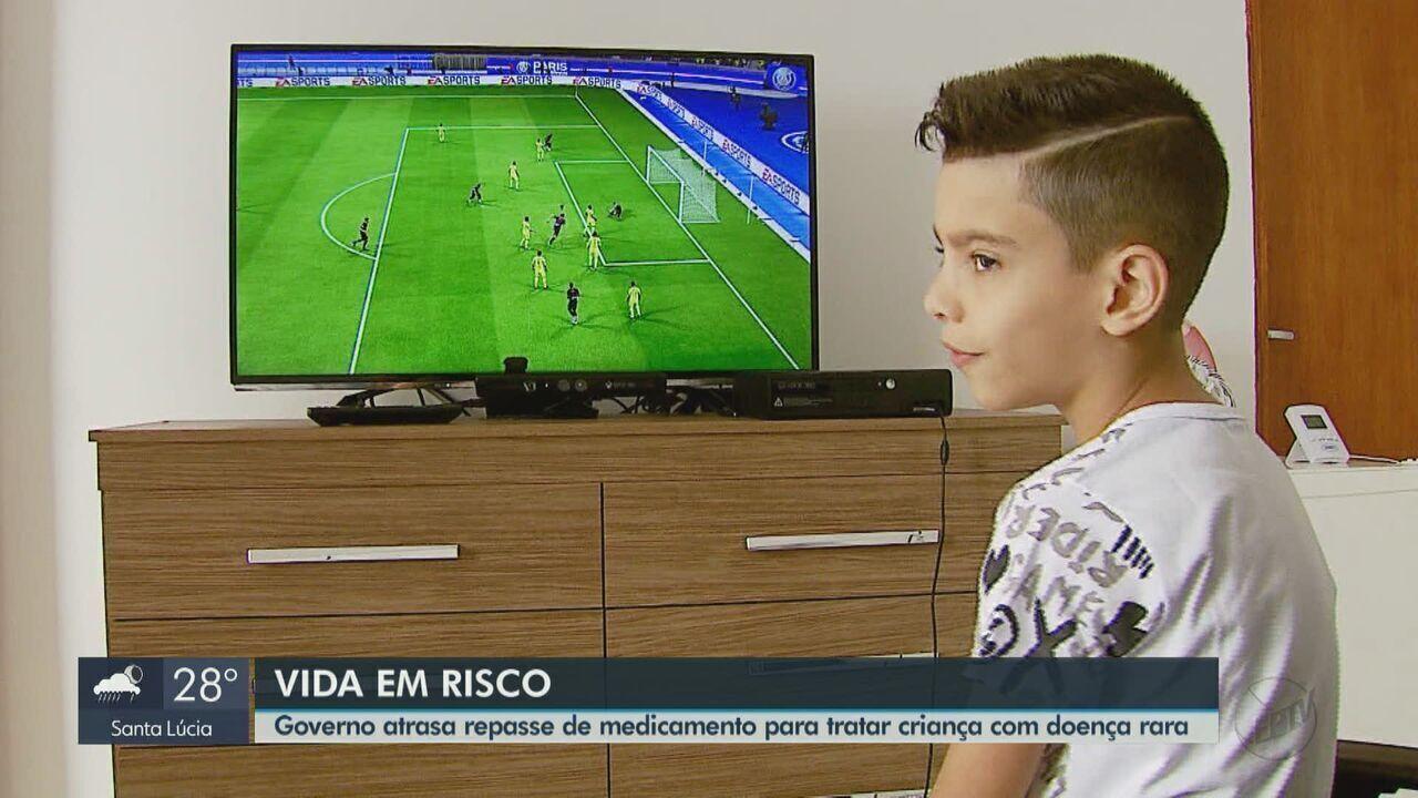 Resultado de imagem para Tratamento de menino com doença é interrompido por falta de remédio em Rio Pardo