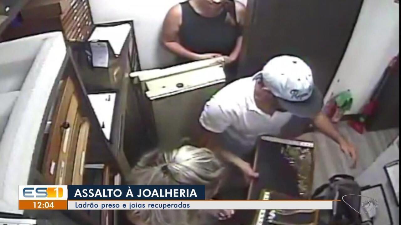Suspeito de assalto à joalheria é preso com joias no colchão de casa em Vila Velha, ES