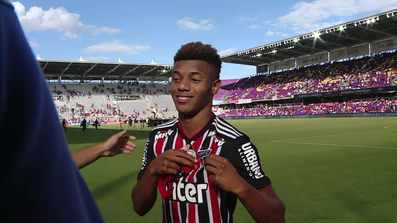 David Neres aplica lei do ex 971e9559a9a22