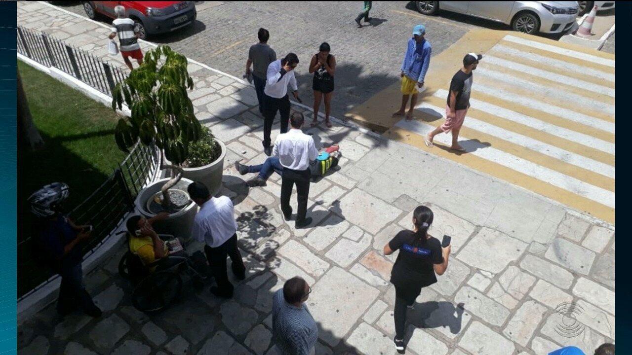 Mototaxista é baleado dentro de shopping, em Campina Grande
