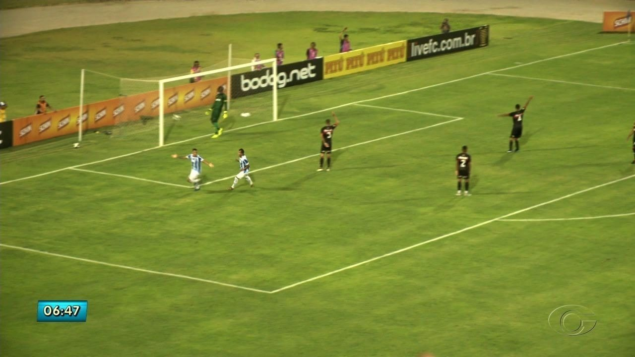 CSA empata com o Vitória da Bahia no Rei Pelé, em Maceió