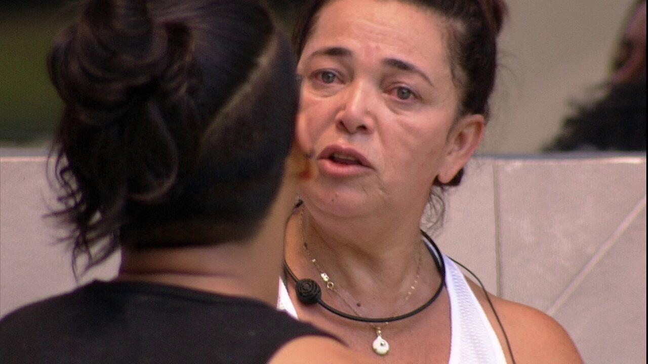 Vanderson propõe nova divisão de camas e Tereza diz que comprou briga que não era dela