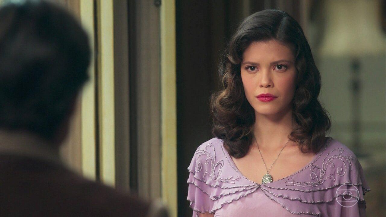 Cris/Julia diz a Eugênio que aceitará o pedido de noivado de Gustavo