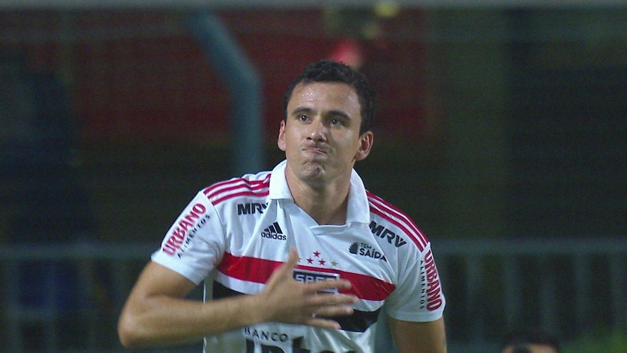 Reinaldo fez seu primeiro gol pelo São Paulo na goleada sobre o Mirassol