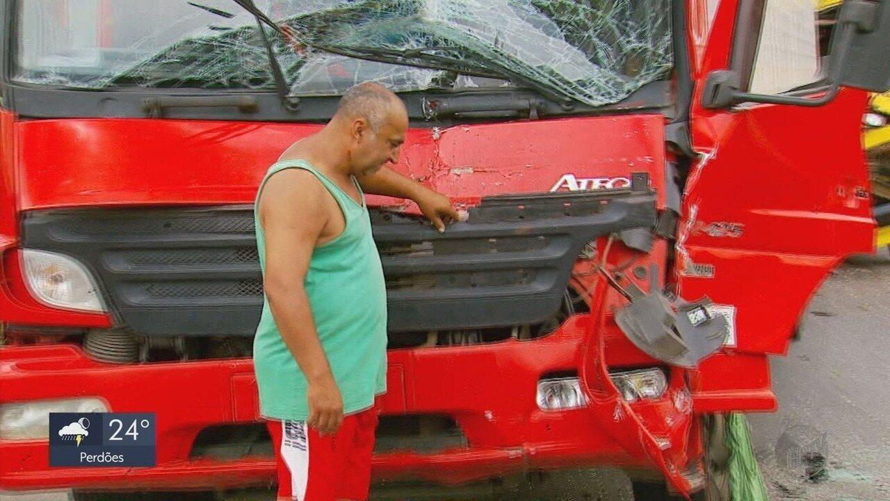 Queimada às margens da Fernão Dias pode ter causado engavetamento entre 6 veículos
