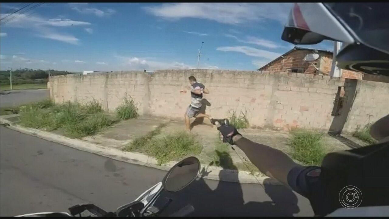 Com câmera em capacete, policial registra perseguição a suspeito de tráfico de drogas