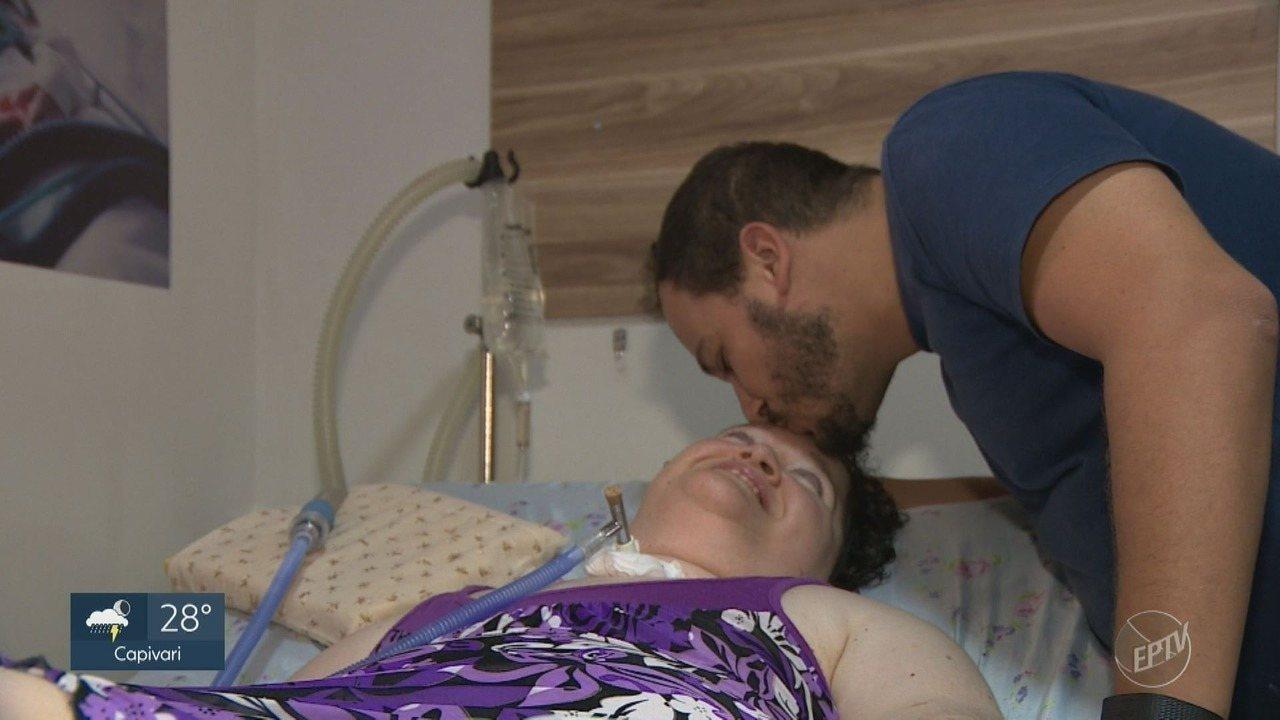Após viver 43 anos em hospital, mulher se muda para casa de amigo em Sumaré