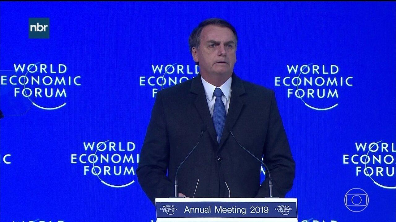 Bolsonaro diz no Fórum Mundial de Davos que vai abrir economia brasileira