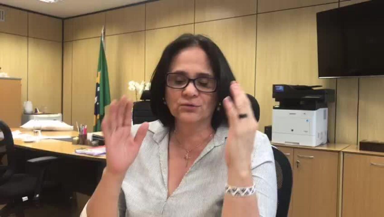 Ministra Damares Alves explica proposta sobre home schooling