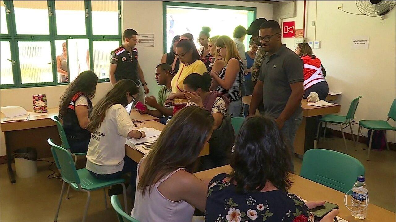 Famílias esperam por informações onde desaparecidos em Brumadinho são cadastrados