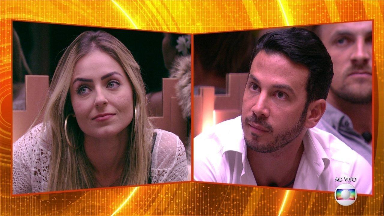Segundo Paredão: Tiago Leifert anuncia que Paula enfrenta Gustavo