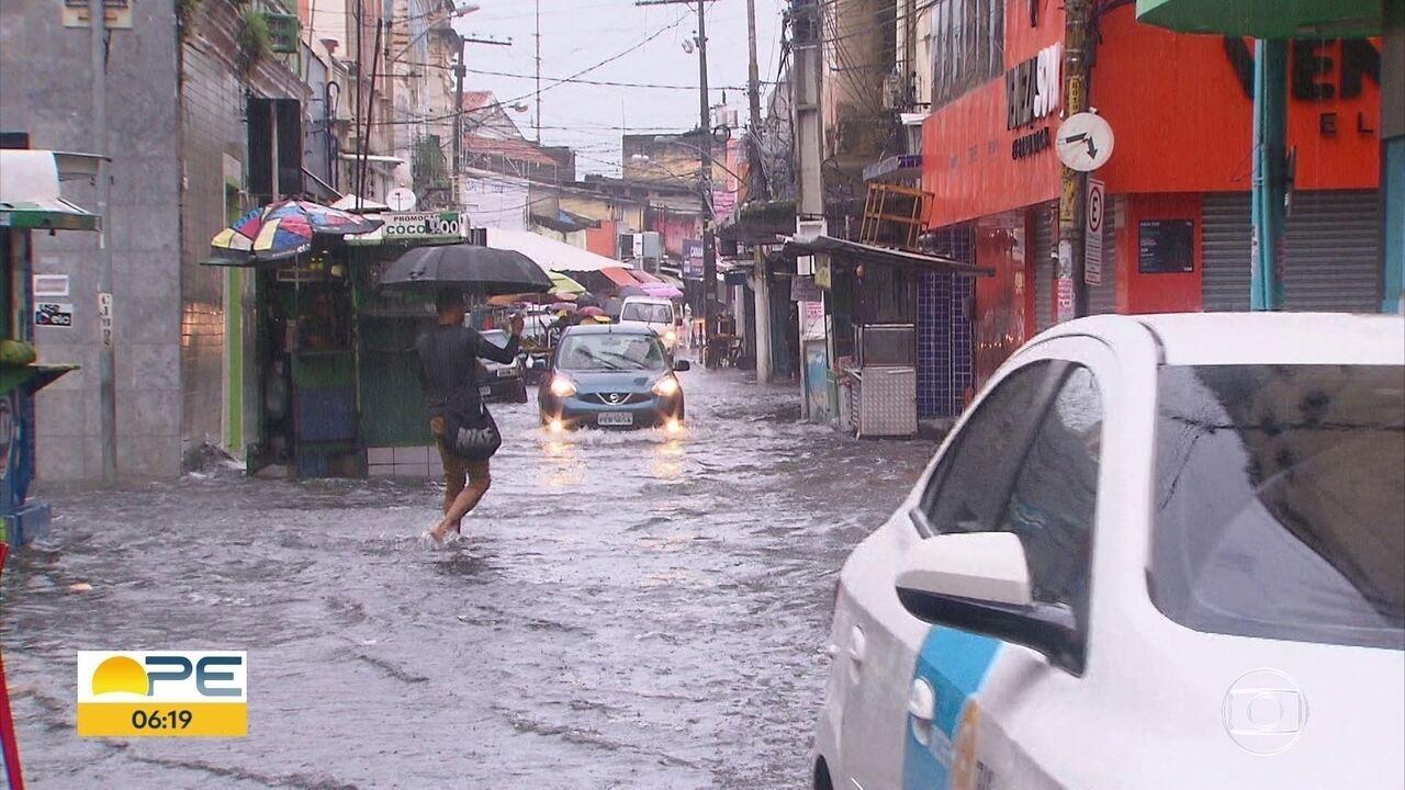 Detran-PE explica procedimento para colocar placa perdida no dia da chuva